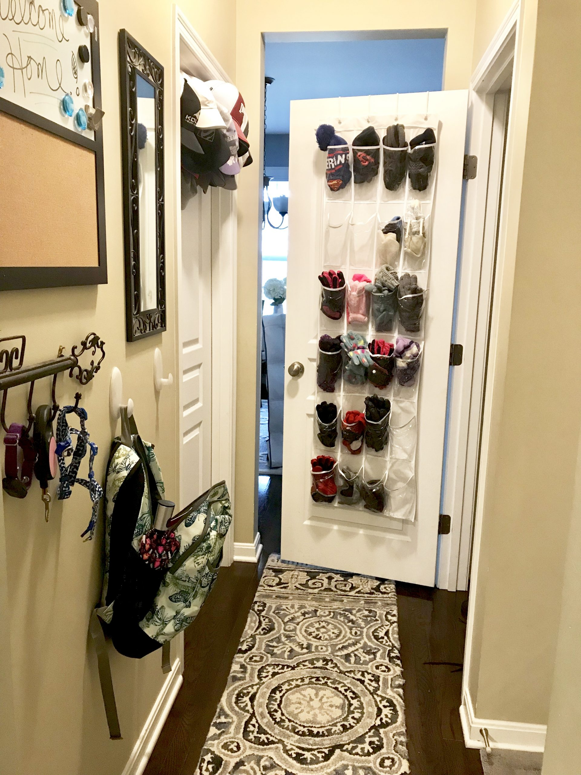 Organization Solutions for your entryway to get you out the door faster even with kids! And keep you productive! #momlife #productivity #organization #entryway #tips #hacks #solutions