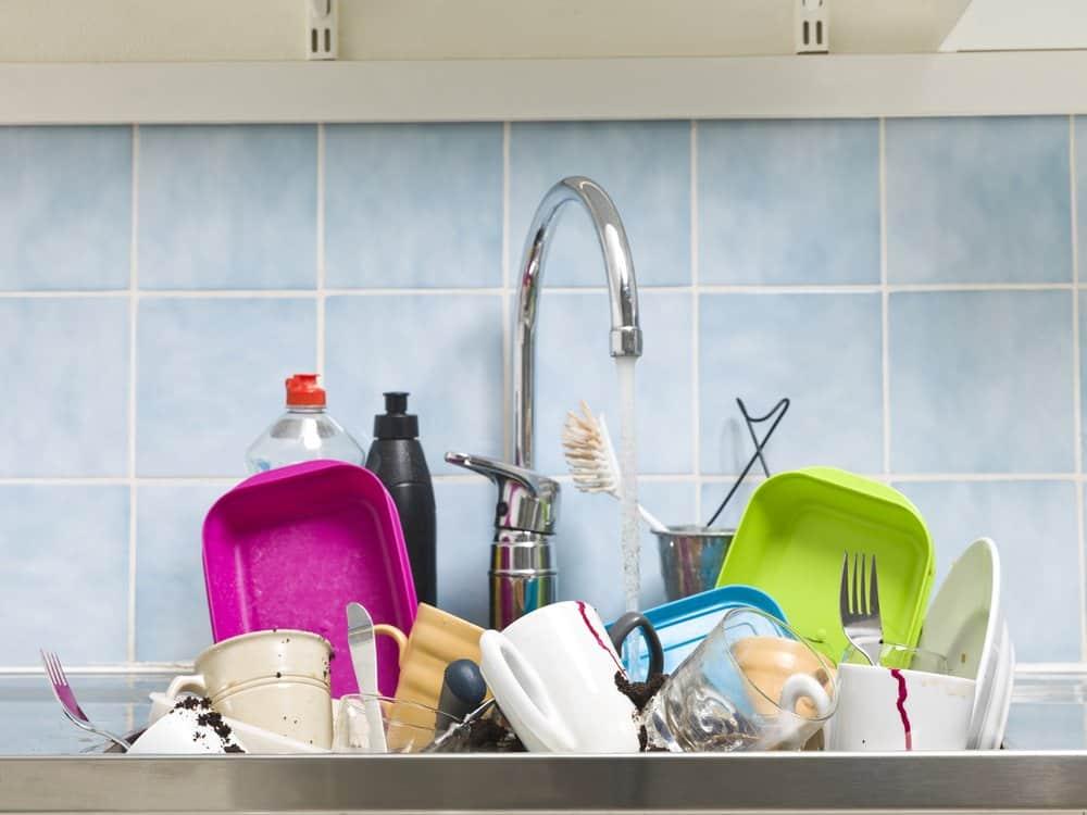 messy kitchen sink