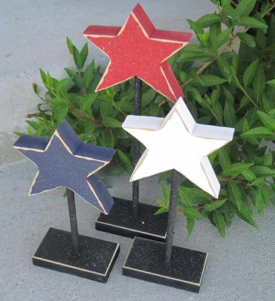 3 patriotic wooden stars centerpeice