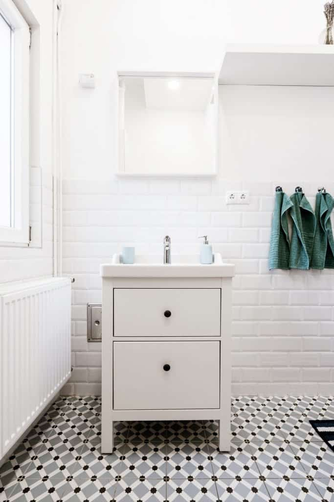 white bathroom drawers